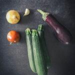 ingrédients courgettes aubergines ail oignon tomate